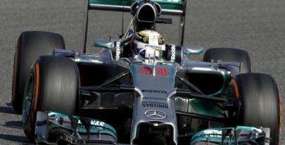 Lewis Hamilton en la primera sesión de libres en Barcelona/ lainformacion.com