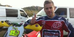 Álvaro Bautista es uno de los pilotos que se decanta por el Motocross/ Twitter