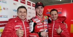 Jonas Folger celebra su pole position en MotorLand/ Aspar Team