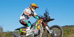 Laia Sanz entrenando para el Dakar 2014