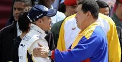 Hugo Chávez y Pastor Maldonado/ AFP