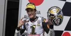 Marc Márquez celebra su título de Moto2