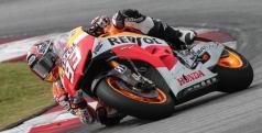 Marc Márquez durante los entrenamientos de MotoGP en Sepang