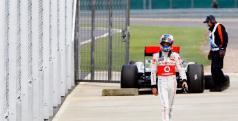 Button abandona su monoplaza en Silverstone