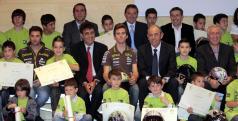 Nico Terol en la entrega de premios de la Cuna de Campeones Bankia