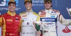 Podio de la segunda carrera de GP2 en Silverstone
